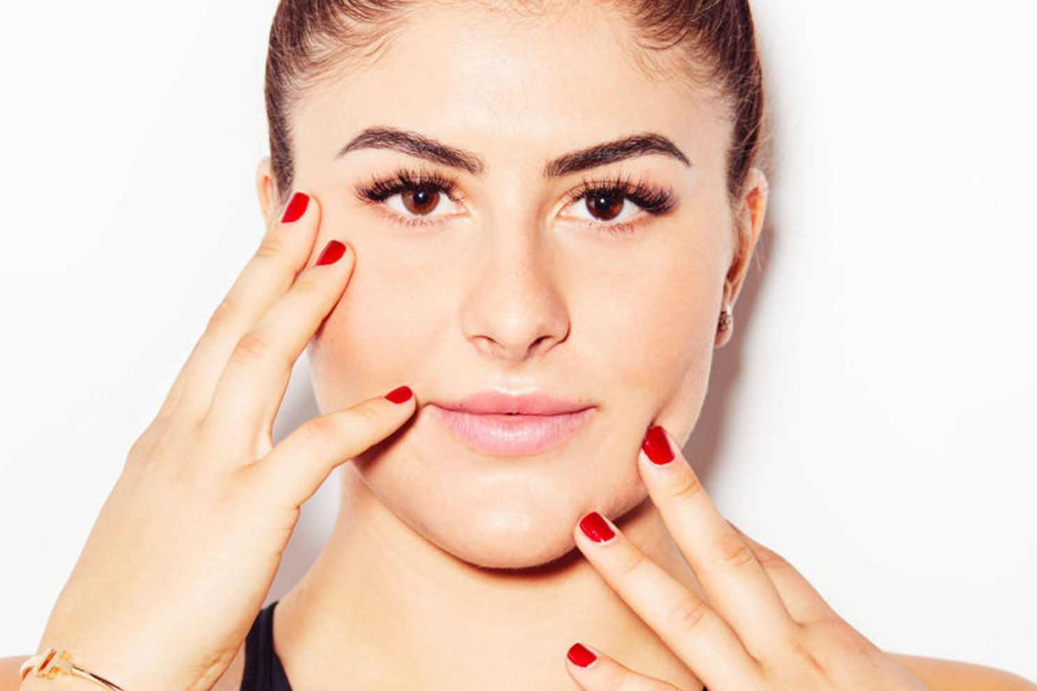 US Open Winner Bianca Andreescu Launches Vegan Beauty Brand with P8NT Nails